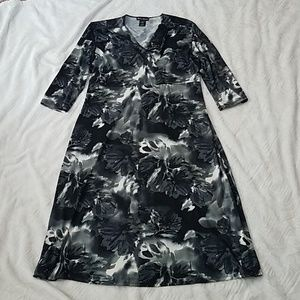 Made in Heaven Dresses - Made in Heaven Black & Cream floral dress